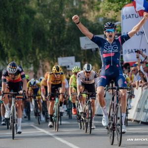 Neuman v první desítce etapy na Czech Tour