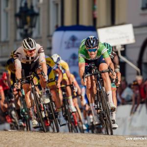 Žluté převlékání na Czech Tour, do vedení jde Groves